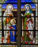 Gebrandschilderd glas - Ana en Heilige Elisabeth van Heilige royalty-vrije stock afbeeldingen
