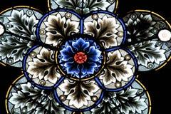 Gebrandschilderd glas in de kathedraal van Zagreb royalty-vrije stock fotografie