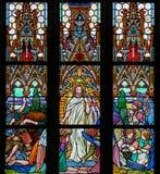 Gebrandschilderd glas - Jesus die van het graf toenemen Royalty-vrije Stock Foto's