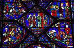 Gebrandschilderd glas van Charlemagne bij de Kathedraal van Chartres royalty-vrije stock fotografie