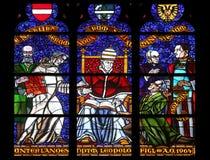 Gebrandschilderd glas in Votiv Kirche de Votive Kerk in Wenen Royalty-vrije Stock Foto's