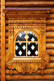 Gebrandschilderd glasvenster in een blokhuis Royalty-vrije Stock Fotografie