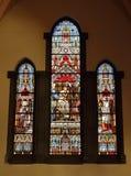 Gebrandschilderd glasvenster in heilige-Gery Kerk, België stock fotografie