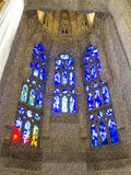 Gebrandschilderd glasvensters in Sagrada Familia in Barcelona 0556 Stock Foto's
