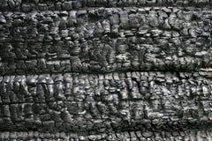 Gebrannt hinunter hölzerne Wand lizenzfreie stockfotografie