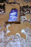 Gebrannte Wand stockbild