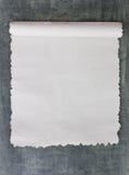 Gebranntes Papier auf Tafel lizenzfreie stockfotografie