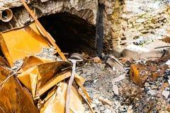 Gebranntes verlassenes Haus in weißem Clay Creek lizenzfreie stockfotografie