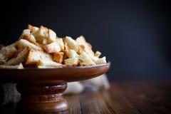Gebratene Croutons des selbst gemachten Brotes Stockfotografie