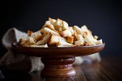 Gebratene Croutons des selbst gemachten Brotes Lizenzfreies Stockfoto
