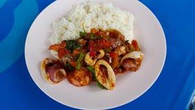 Gebratene CurryMeeresfrüchte Stockfoto