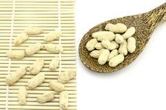 Gebratene Erdnüsse Lizenzfreie Stockfotos