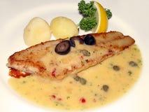 Gebratene Fische und Soße Stockbilder