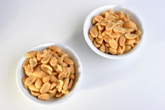 Gebratene gesalzene Erdnüsse Stockfotos