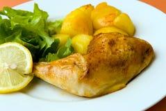 Gebratene Hühnerbeine mit pota Lizenzfreies Stockfoto