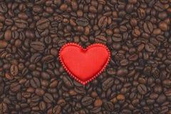 Gebratene Kaffeebohnen Ich liebe Kaffee Hintergrund, Großaufnahme stockfoto