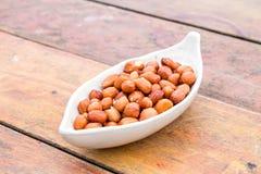 Gebratene Schalenerdnüsse mit Salz Lizenzfreie Stockfotos