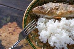 Gebratene Stange mit Reis Stockfoto