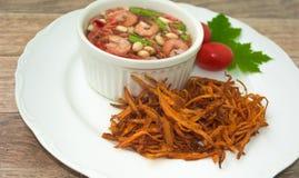 Gebratener Papaya-Salat Stockfoto