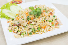 Gebratener Reis des Schweinefleisch, thailändisches Lebensmittel stockfotografie