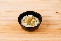 Gebratener Reis des thailändischen Knoblauchs lizenzfreie stockfotos