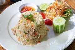 Gebratener Reis Meeresfrüchteabendessen, -ei und -gemüse stockbilder