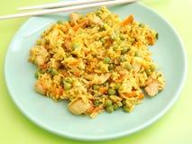 Gebratener Reis mit Huhn lizenzfreie stockbilder