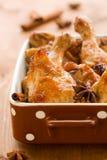 Gebratenes aromatisches Huhn Stockbild