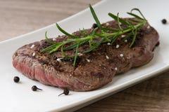Gebratenes Beefsteak Lizenzfreie Stockbilder