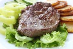 Gebratenes Fleisch mit Gemüse Lizenzfreies Stockfoto