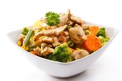Gebratenes Fleisch und Gemüse Stockfotos