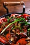 Gebratenes Fleisch und Gemüse Stockfotografie