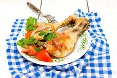 Gebratenes Hühnerbein lizenzfreie stockfotografie