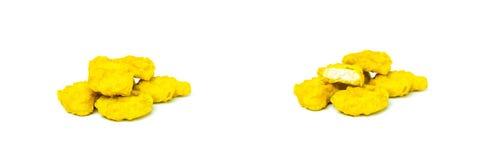 Gebratenes Huhn lokalisiert auf weißem Hintergrund/Nuggets Lizenzfreies Stockfoto