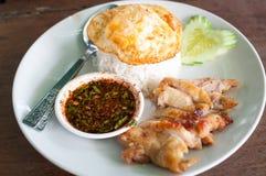 Gebratenes Huhn mit Reis stockbild