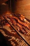 Gebratenes Rindfleisch auf dem Grill Stockfoto
