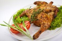 Gebratenes vollständiges Huhn Stockfoto
