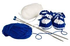 Gebreide, blauwe buiten voor kinderen Stock Foto's