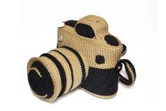 Gebreide met de hand gemaakte fotocamera Stock Afbeelding