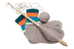Gebreide sokken op een witte achtergrond Stock Foto