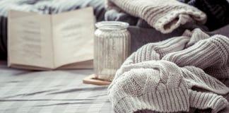 Gebreide warme sweaters Stock Foto