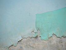 Gebrochene Beschaffenheit der Farbe Alte Farbe auf der Wand mit altem Gips und einige Farbschichten tauchen Nahaufnahme auf Makro Lizenzfreie Stockfotos