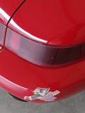 Gebrochener roter Anschlagpuffer stockbilder