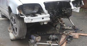Gebroken auto na ongeval stock footage