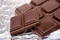 Gebroken chocolade Stock Afbeeldingen
