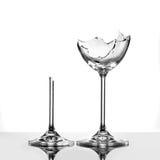 Gebroken geïsoleerdeo wijnglazen Royalty-vrije Stock Foto