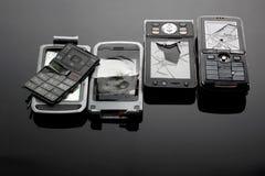 Gebroken Mobiele Telefoons stock afbeeldingen