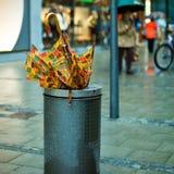 Gebroken paraplu Royalty-vrije Stock Afbeeldingen