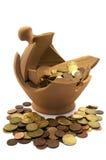 Gebroken spaarpot stock afbeelding