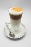 Gebrouwen enkel koffie frappe royalty-vrije stock afbeeldingen